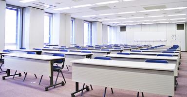 大小の会議室がありグループ毎の分科会も可能